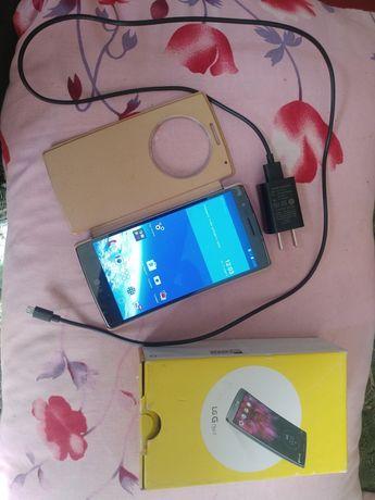 Продам смартфон lg flex2,Интернет 4G ,разрешение экрана  1920÷1080