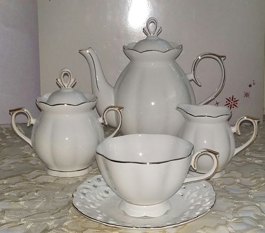 Serwis kawowy porcelana