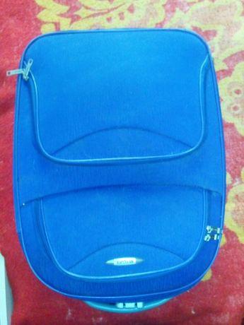 Продам дорожнюю сумку