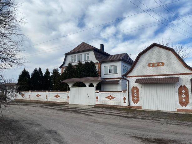 Продам дом в селе Мартовое