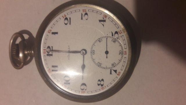 Кишеньковий годинник Doxa