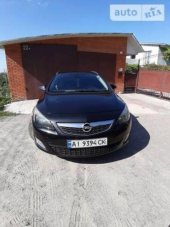 Opel Astra j 1.3 cdti Sports Tourer 2011