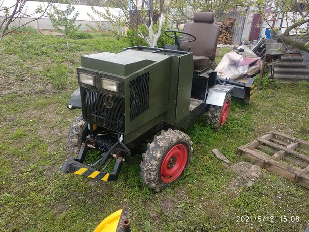 Продам мини трактор 4Х4
