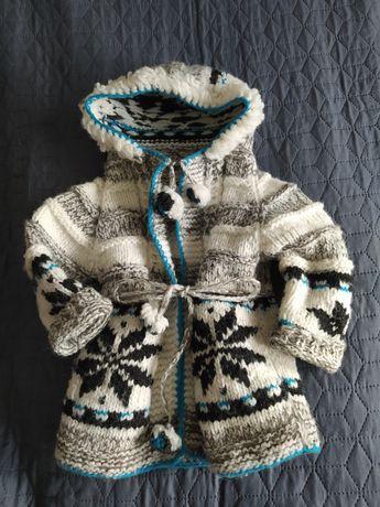 Cieply sweter sweterek kardigan z kapturem 92