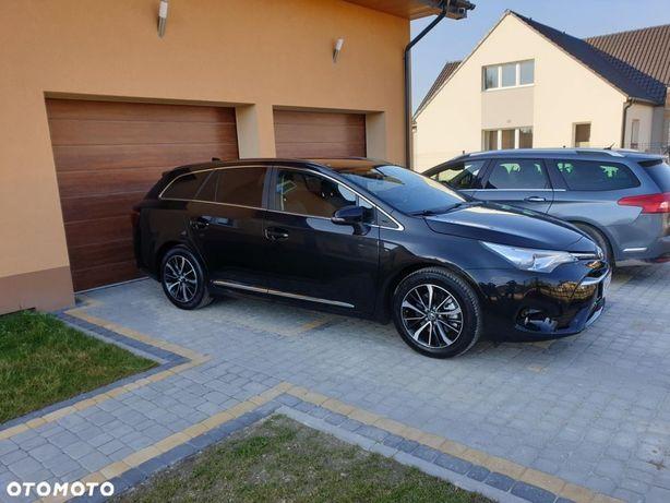 Toyota Avensis Jedyna taka AVENSIS Premium+Style+Executive+Dodatki