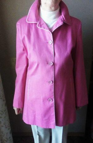 Женский розовый плащ пиджак пальто курточка  шляпа весна-осень