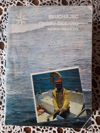 """Andrzej Urbańczyk, """"Słuchając głosu oceanu""""."""