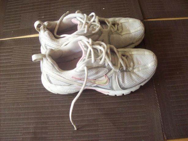 Nike runnig damskie roz 40
