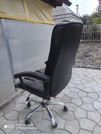 Компьютерное кресло под перетяжку