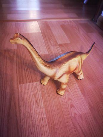 Брохиозавр, динозавр