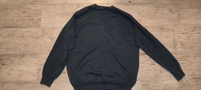Sweter z wełny merynosów, merino 100%, Oscar Jacobson, made in Italy