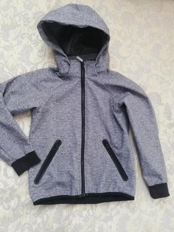 Куртка h&m soft shell на 8-9 лет.