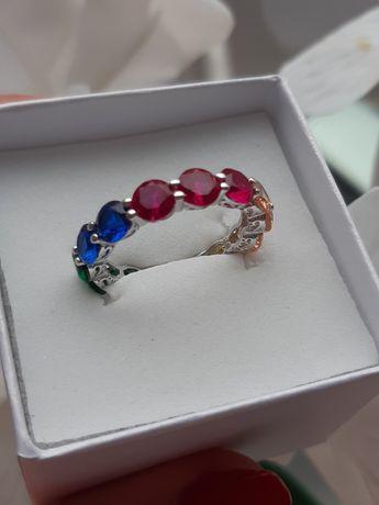 Nowy pierścionek srebro kolorowe cyrkonie rozm 18