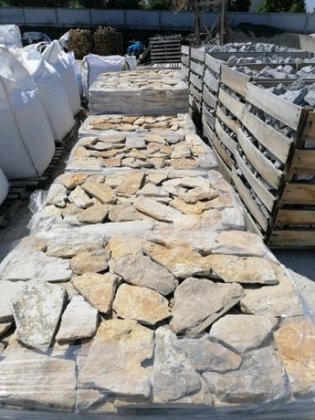 Pedra Rústica para revestimento de paredes 140€/Palete