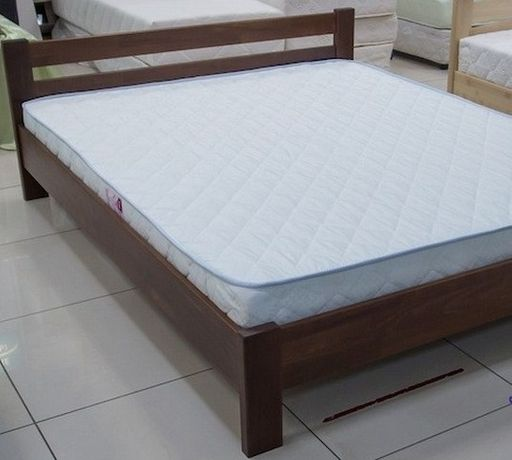 Кровать буковая с ортопедическим матрасом. Новые.