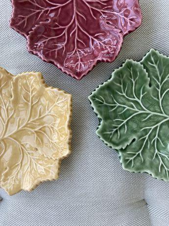 Pratos decorativos (várias cores)