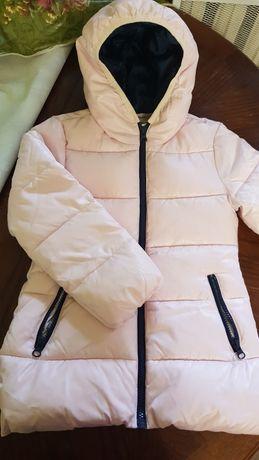 Курточка для девочки. 110р. Benetton