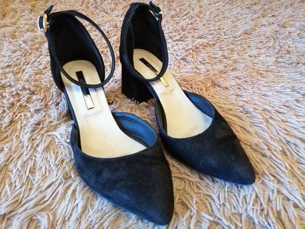 Туфлі замшеві 37 розмір