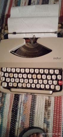 Máquina de escrever anos 90