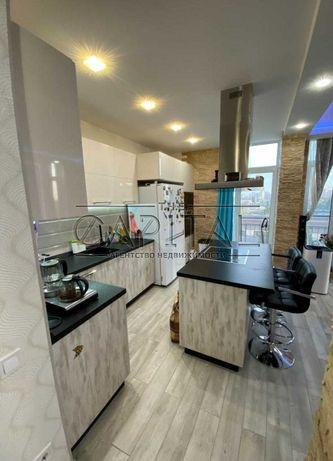 *СУПЕР!!! 4-х комнатная 3-х уровневая квартира, Комфорт Таун, 130 кв.м