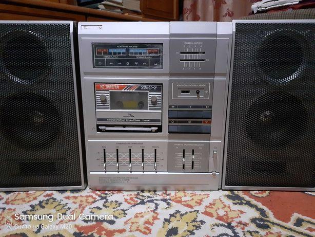 Стереомагнитофон кассетный на запчасти. Музыкальный центр.