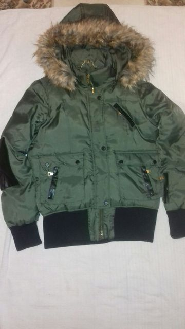 BE BE куртка зимняя размер М. Дёшево!
