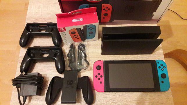 Nintendo SWITCH przerobiona CFW 64gb dodatkowe joycony, etui