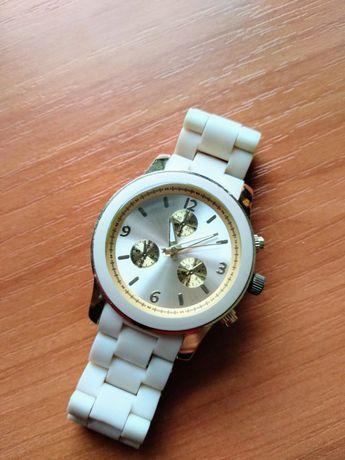 Zegarek New Yorker złoto kremowy
