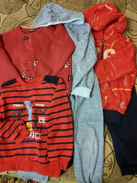 Пакет одежда для мальчика 104 (2 костюм, 2 свитер)