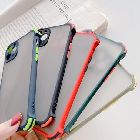 Чехол iPhone 7/8/ SE 2020/7 Plus/8 Plus /11/11 Pro/12