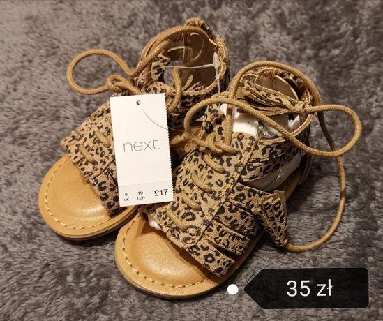Sandałki Next EUR 19