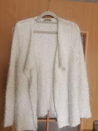 Biały Włochaty sweter kardigan w roz. M