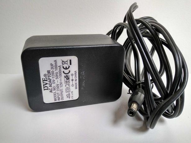 Ładowarka /prostownik do autka na akumulator 12V 1000mA