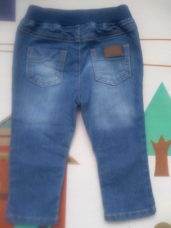 Jeansy 6-9 m-cy
