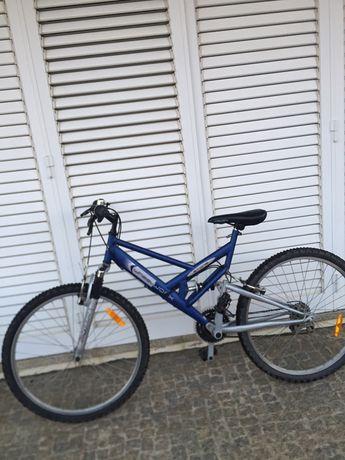 Bicicleta roda 26 mudanças Shimano