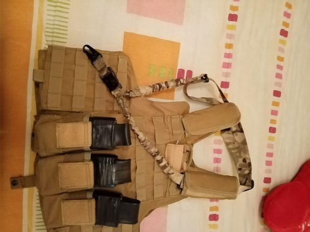Arma de airsoft e equipamento de airsof