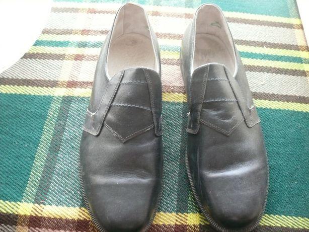 Туфли 44 размер (новые)