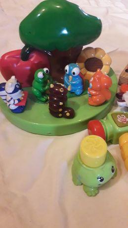 Zabawka dla dziecka.Grajace zwierzaki