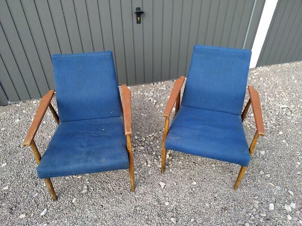 Fotele z okresu PRL-U