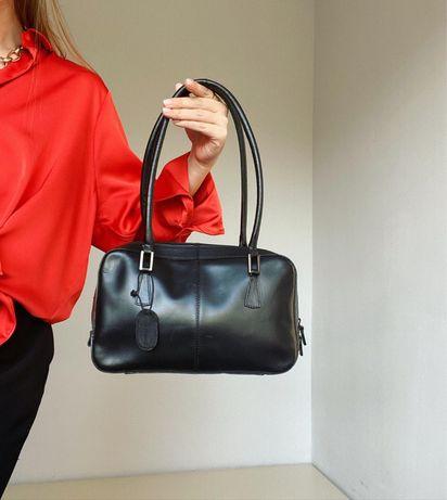 Новая кожаная сумка на коротких ручках  M&S