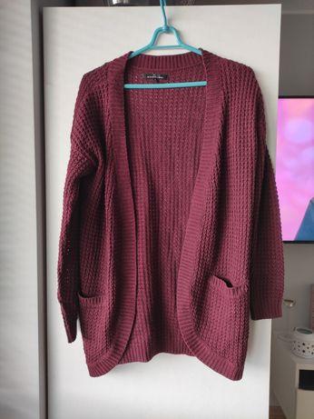 Bordowy sweterek oversize