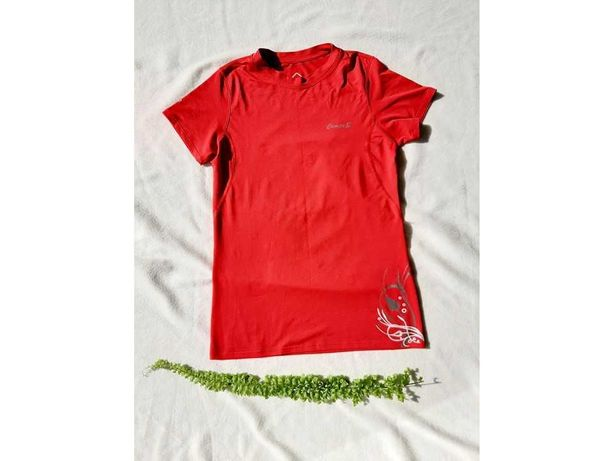 Dwie sportowe bluzki, Campus (M)