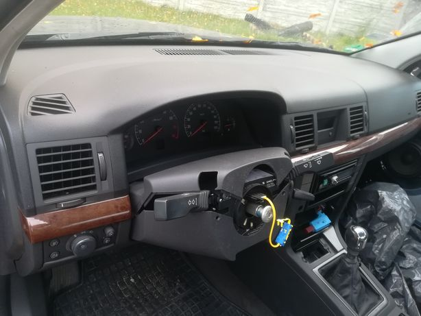 Deska kokpit Opel Vectra C Signum