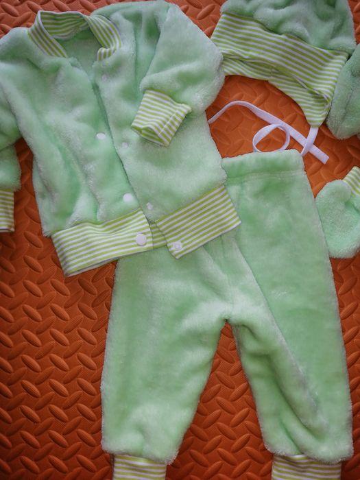 Плюшевый костюм штанишки кофточка шапочка пинетки и царапки тёплый Вишневое - изображение 1