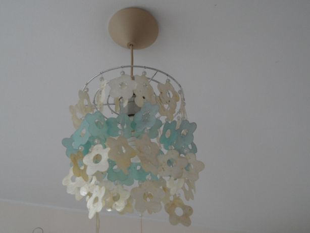 Lampa sufitowa żyrandol kwiaty z masy perłowej