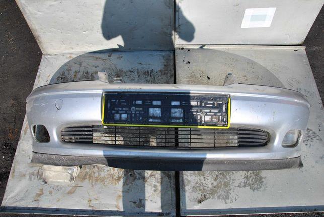 Zderzak prżód Opel Vectra B kombi