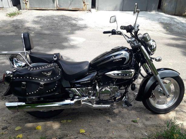 Продам мотоцикл Hyosung GV 250 AQUILA