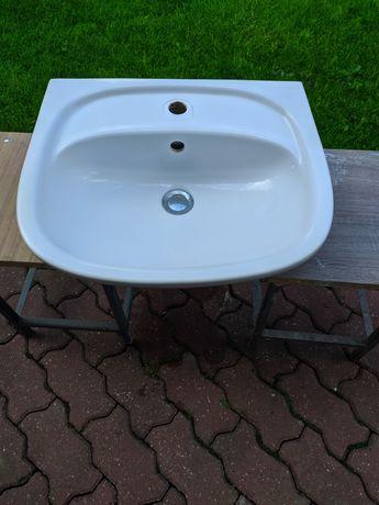 Ceramiczna, wisząca umywalka łazienkowa z półnogą KOŁO