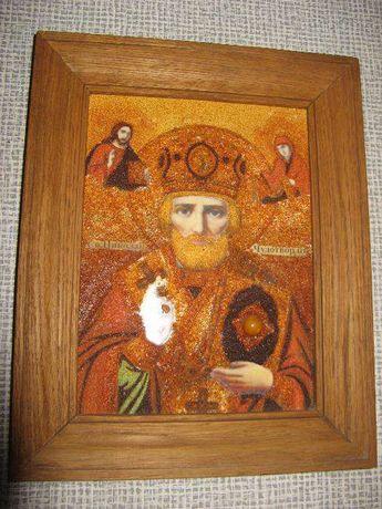 Икона «Николай Чудотворец», инкрустирована янтарем (14 х 19,5 см)
