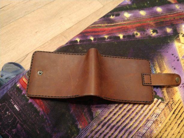 Продам кожаный кошелёк